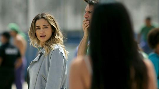 Teaser: Sandra Helena visita Agnaldo, Gilda aparece e ela fica furiosa