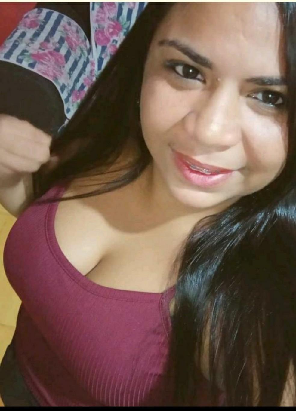 Liliane Mayra da Silva Santos, de 30 anos, foi assassinada a facadas em Parnamirim, na Grande Natal. — Foto: Cedida