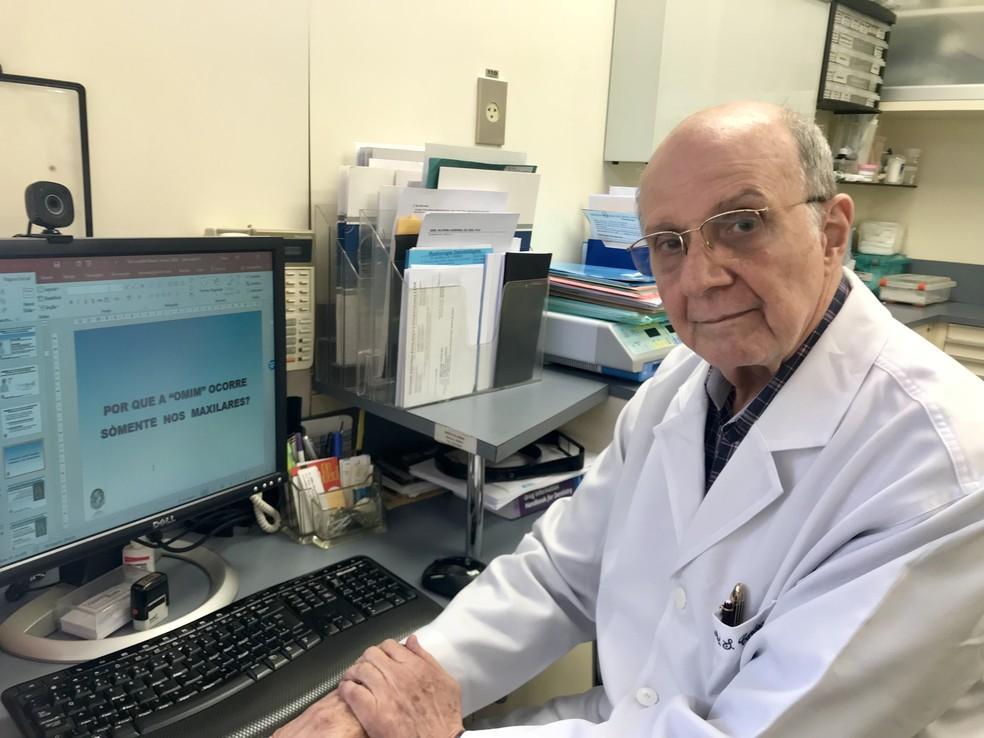 """Dr. Abel Cardoso: """"O medicamento em si não é ruim. A questão é como está sendo utilizado"""" (Foto: Mariza Tavares)"""
