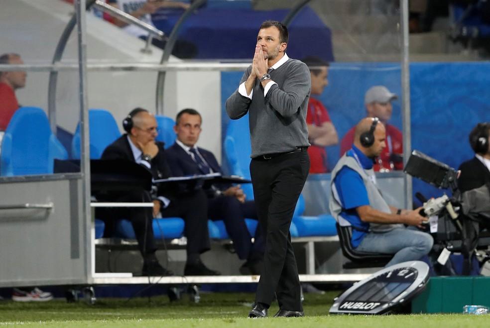 Anthony Hudson, treinador da Nova Zelândia (Foto: Reuters)