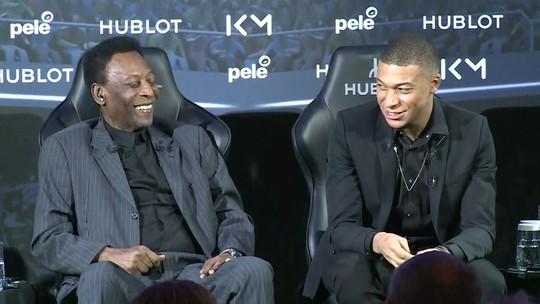 """Pelé e Mbappé se encontram em Paris, e Rei brinca: """"Pena que não jogou no Santos"""""""