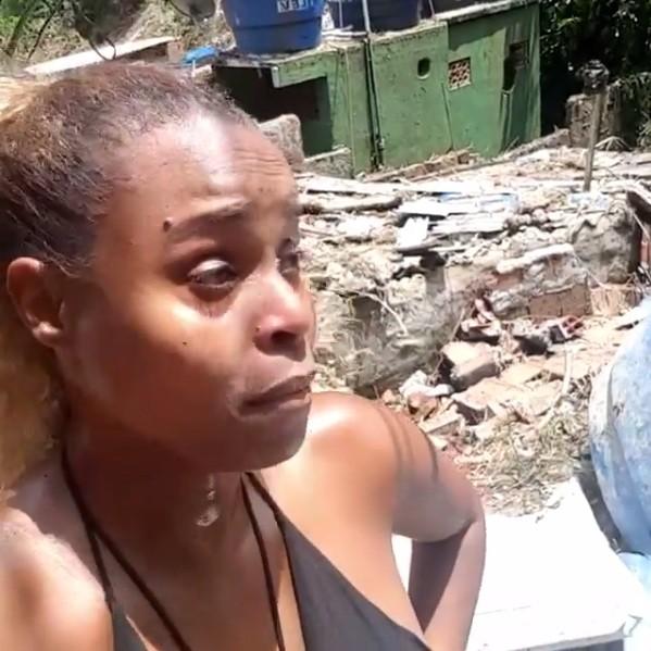 Roberta Rodrigues mostra situação no Vidigal (Foto: Reprodução/Instagram)