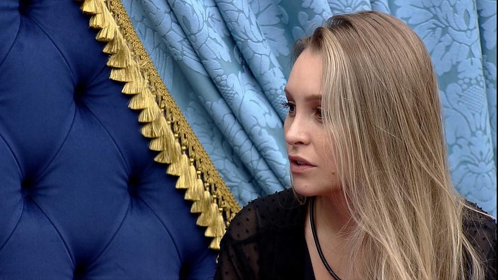 BBB21: Carla Diaz reclama da atitude de Arthur — Foto: Globo