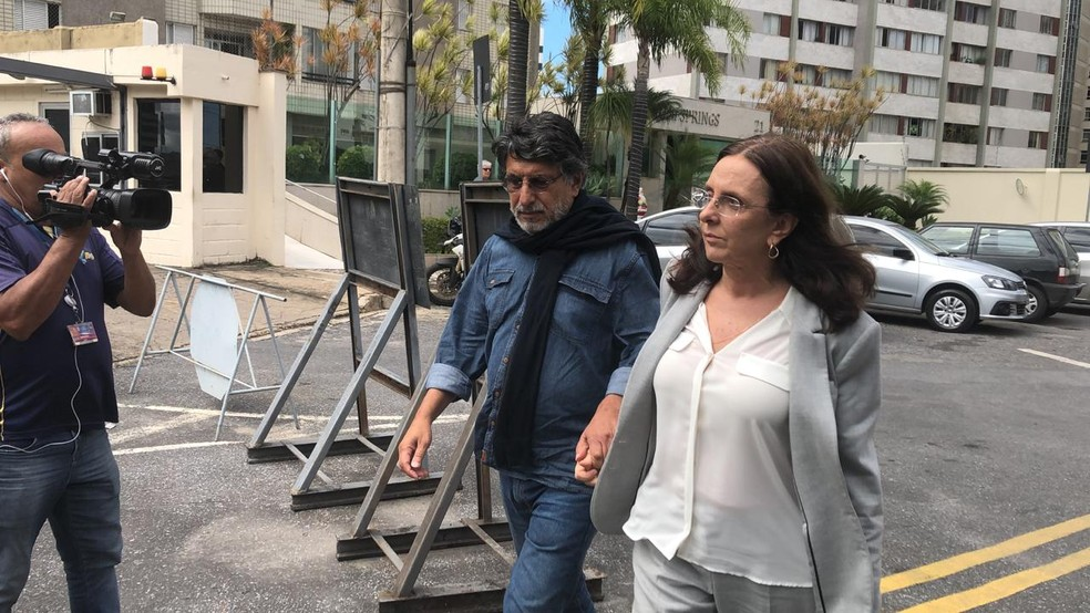 Andrea Neves chega à PF de Belo Horizonte — Foto: Fernando Zuba/Globo