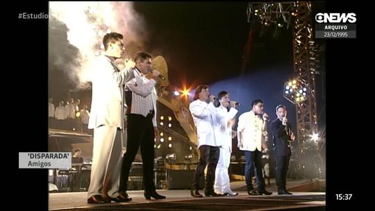 'Amigos 20 anos': Estreia de turnê tem mais de 40 hits dos sertanejos e participação de Lucas Lima