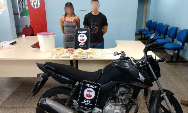 Casal de namorados é preso com 5 kg de drogas na Zona Leste de Manaus