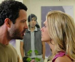 Malvino Salvador (Quinzé) e Carolina Dieckmann (Teodora) em cena de 'Fina estampa' | Reprodução