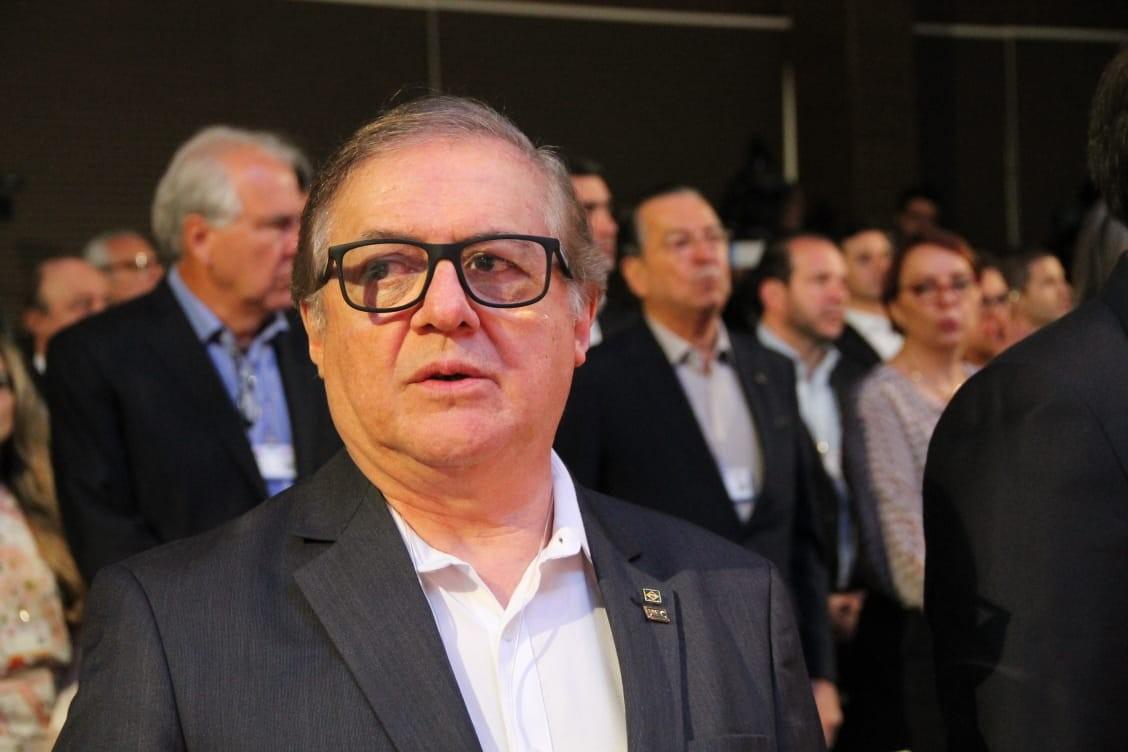 Uma semana após ser demitido, Vélez Rodríguez se encontra com Bolsonaro: 'Vim me despedir'
