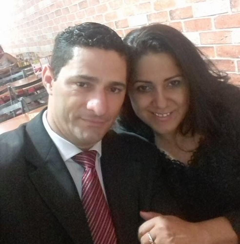 Joselita e Ueliton estavam juntos há três anos — Foto: Facebook/Reprodução