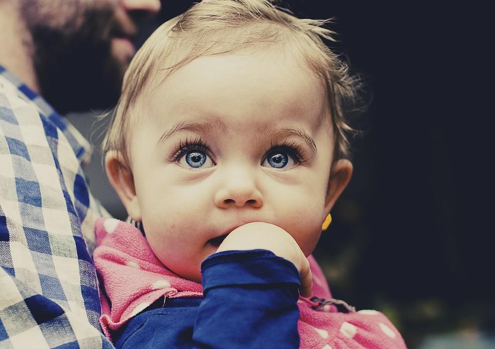 Importações de sêmen com doadores de olho azul representam mais da metade, diz Anvisa. (Foto: Pixabay)