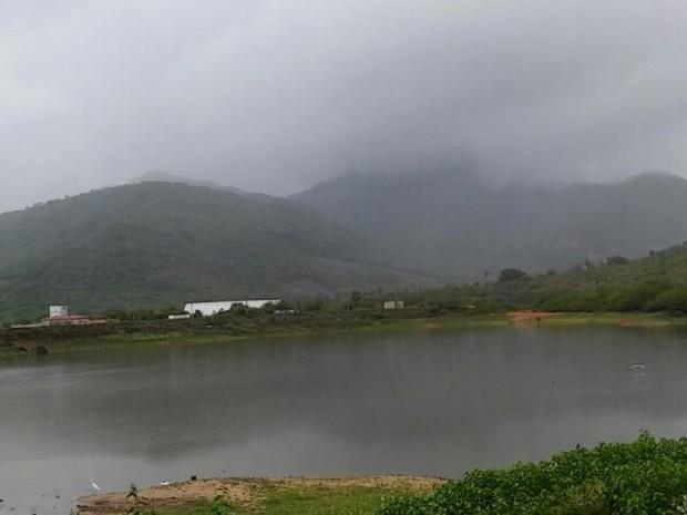 Chuva muda a paisagem na região do Açude Nação, em Itapipoca (Foto: Flávio Teixeira/Arquivo Pessoal)