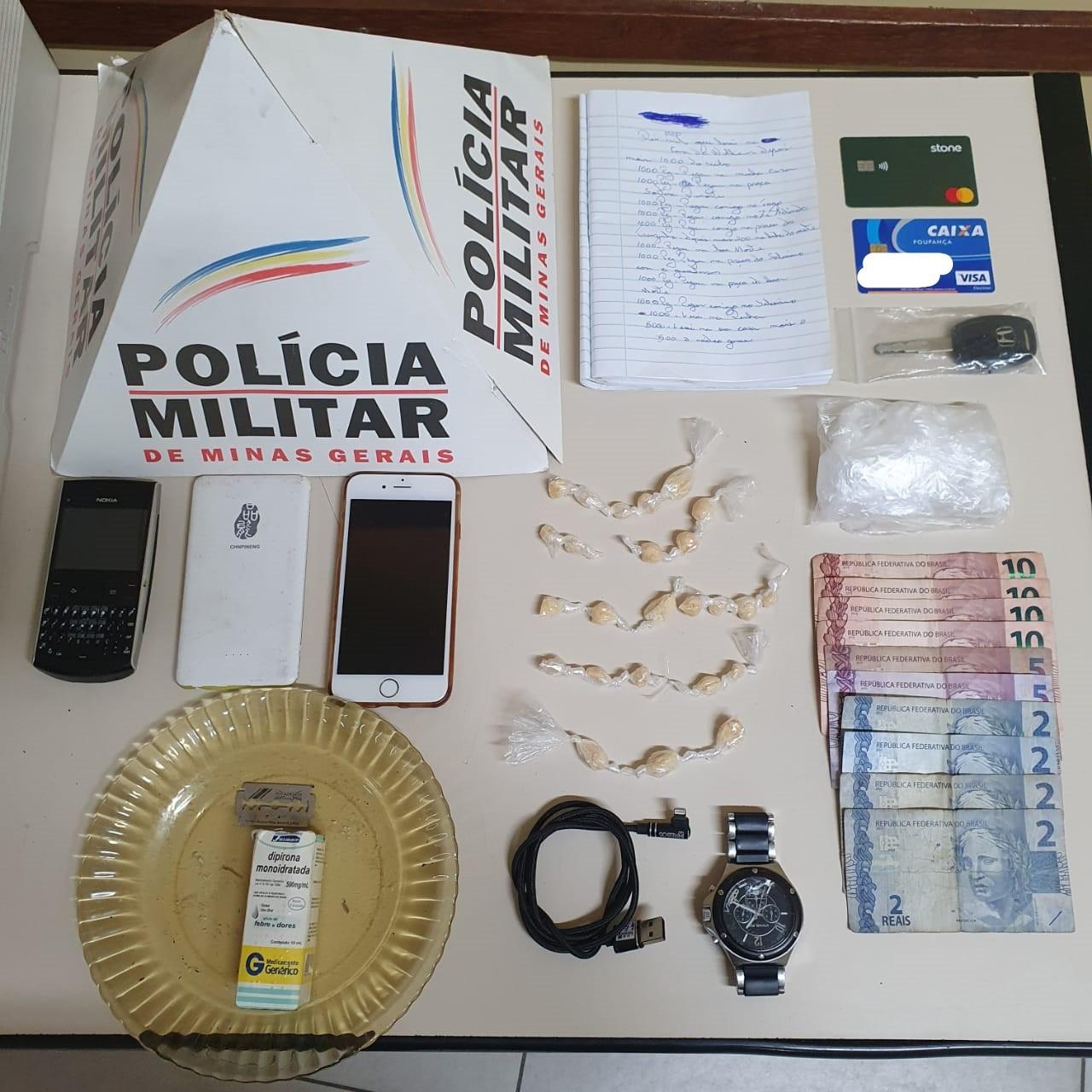 Trio é detido com crack em imóvel usado para fracionamento de drogas em Barbacena