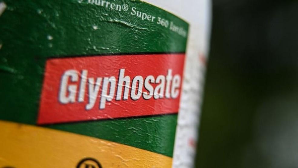 O 2,4-D começou a ser usado em substituição ao glifosato — Foto: AFP