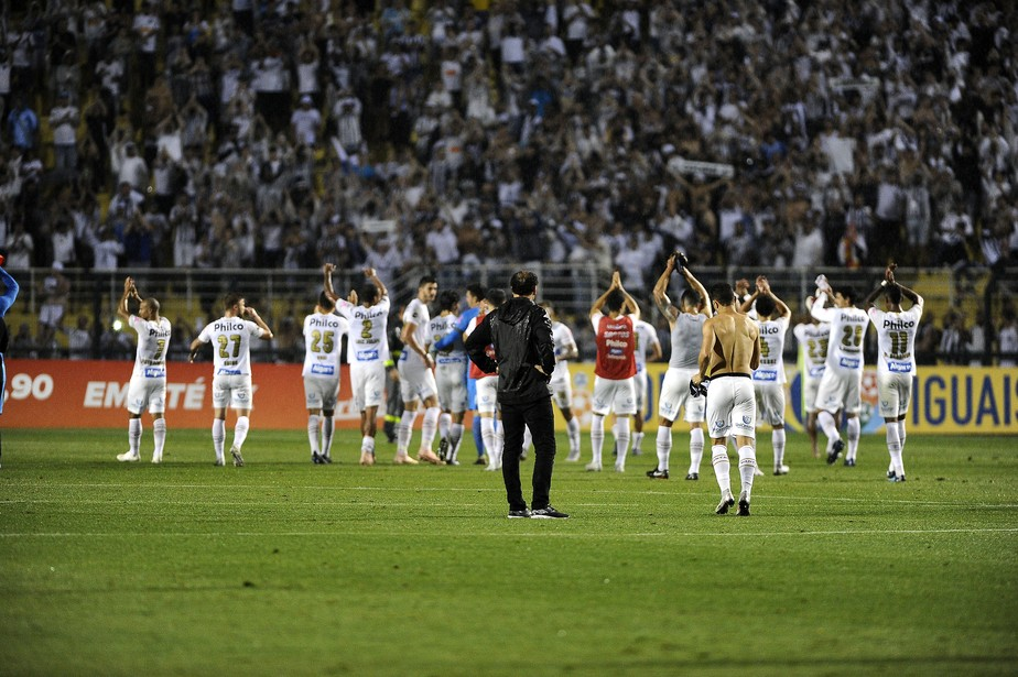 8d123a0f3a ... Análise  o Santos de Cuca é time de Libertadores