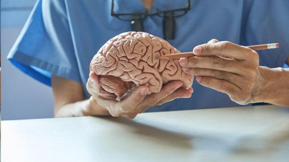 Os cientistas não chegaram a investigar a fundo o mecanismo de ação que liga covid-19 a problemas cognitivos  Foto: Getty Images/Via BBC
