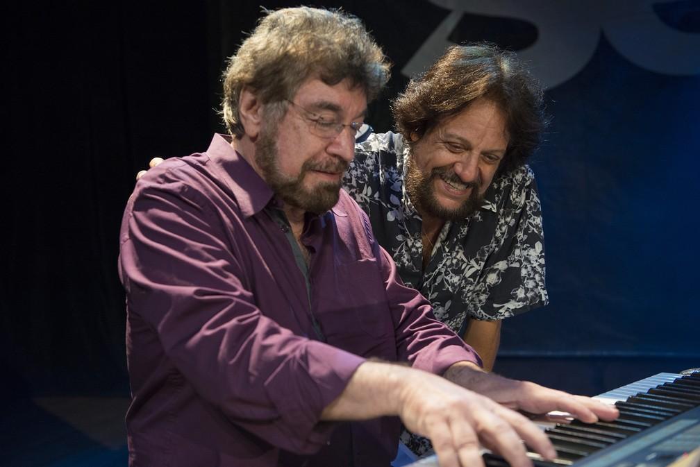 Tunai e o compositor Wagner Tiso — Foto: José Luiz Pederneiras/Divulgação