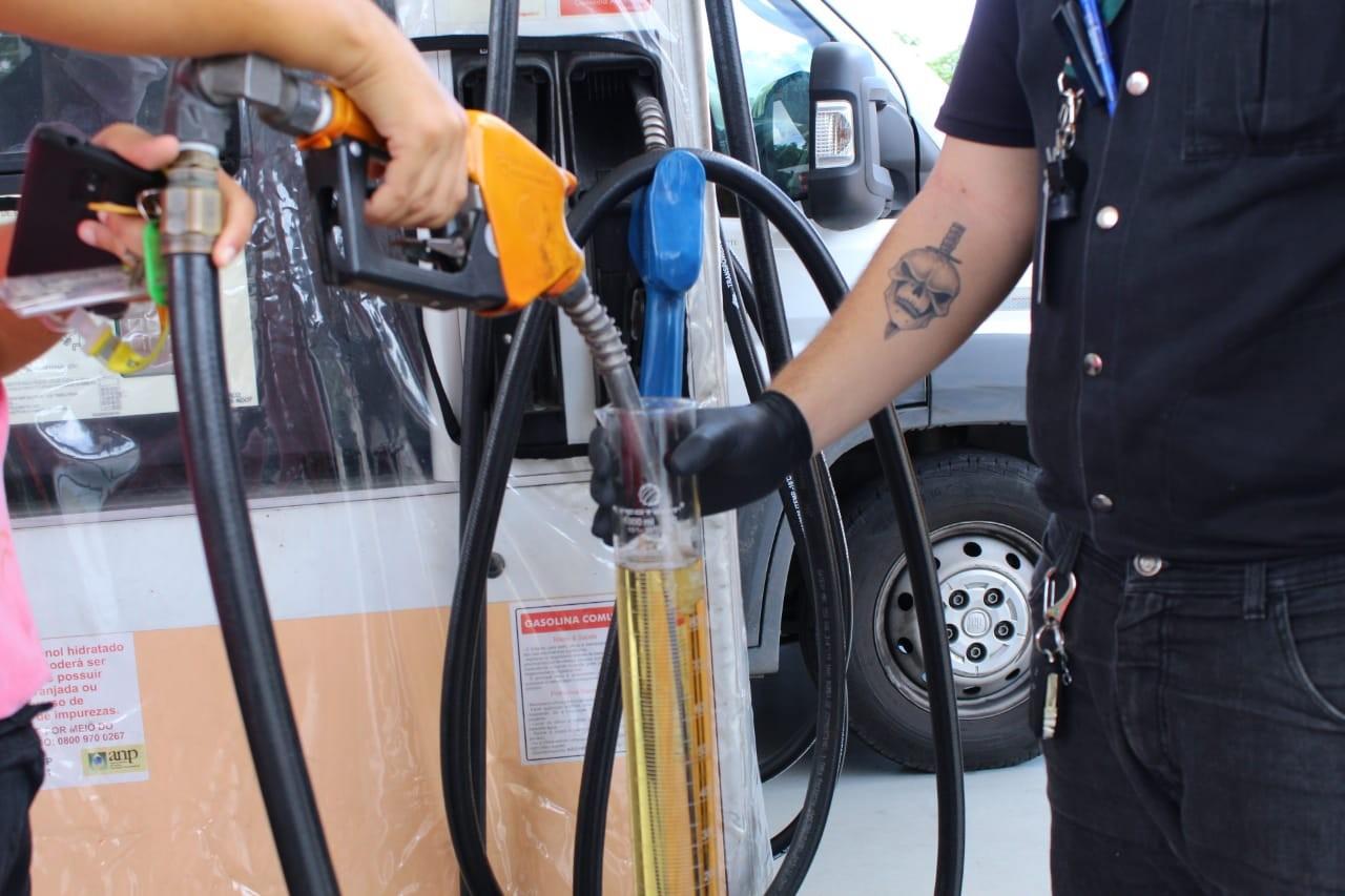 Procon abre ação civil contra 260 postos e cinco distribuidoras de combustíveis do AM