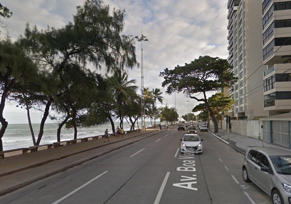 Avenida Boa Viagem era um dos locais onde os assaltos eram praticados  (Foto: Reprodução/Google Street View)