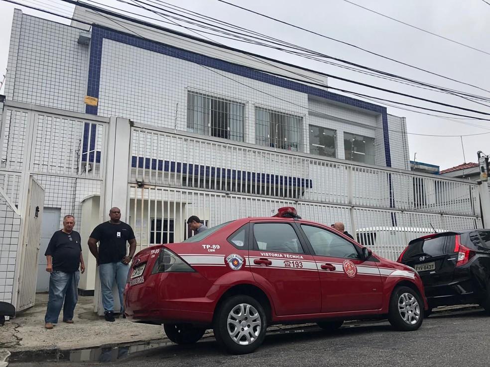 Imóvel utilizado pelo Corinthians como alojamento para atletas da base — Foto: Lívia Laranjeira