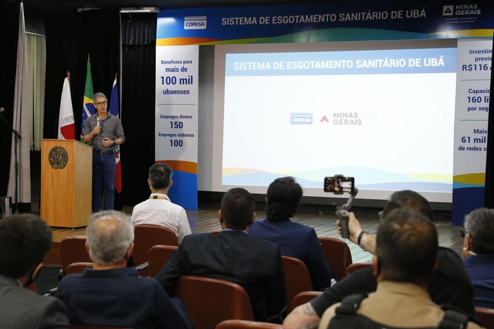 Zema anuncia a implantação de Sistema de Esgotamento Sanitário em Ubá — Foto: Gil Leonardi/Imprensa MG