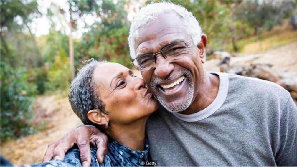 As pessoas envelhecem com mais saúde - e seus dentes mostram isso — Foto: GETTY IMAGES