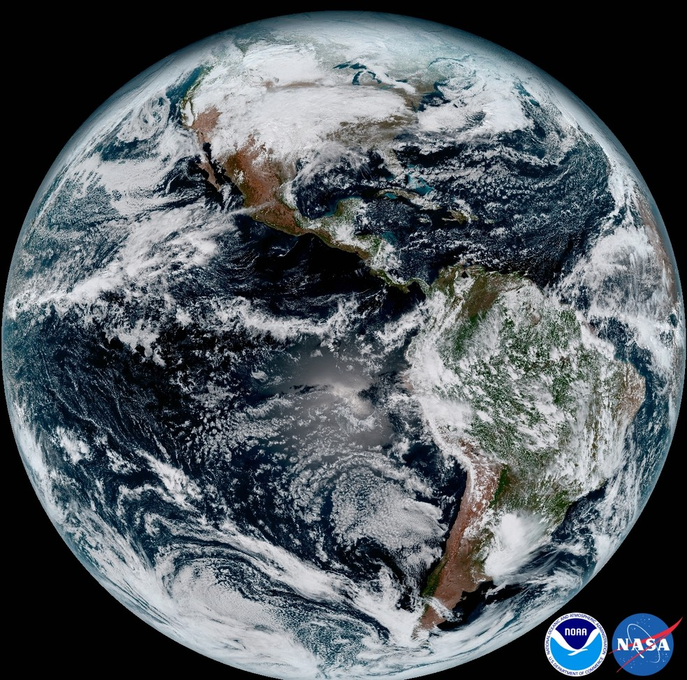 Imagem de satélite mostra a Terra vista do espaço — Foto: Nasa/NOAA