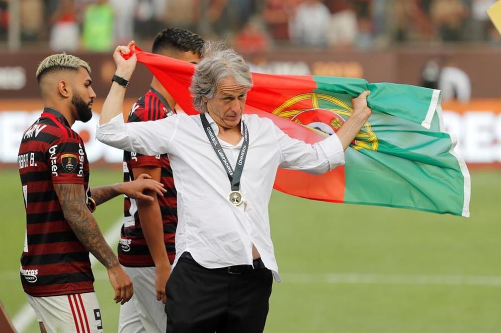 """""""Não tenho como não me emocionar"""": Jorge Jesus revela sentimento especial por final da Libertadores"""