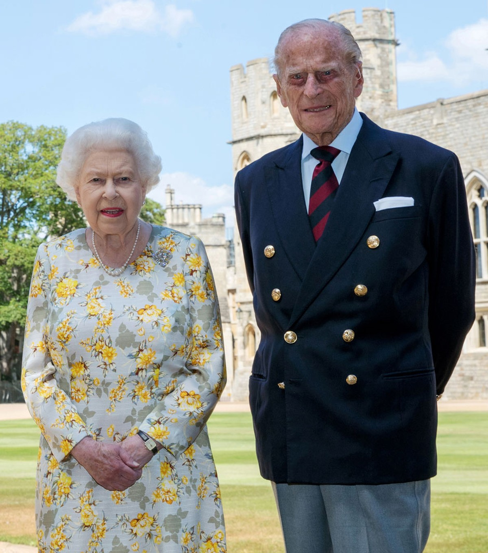 Príncipe Philip é transferido de hospital para exames cardíacos