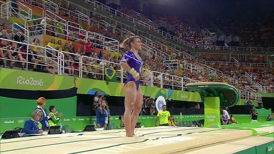 Jade Barbosa se apresenta no salto pela ginástica artística do Brasil