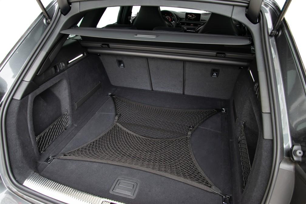 Porta-malas da Audi RS 4  — Foto: Divulgação