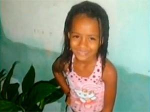 Criança é deixada na sala de casa e some em Almadina (Foto: Reprodução/ TV Bahia)
