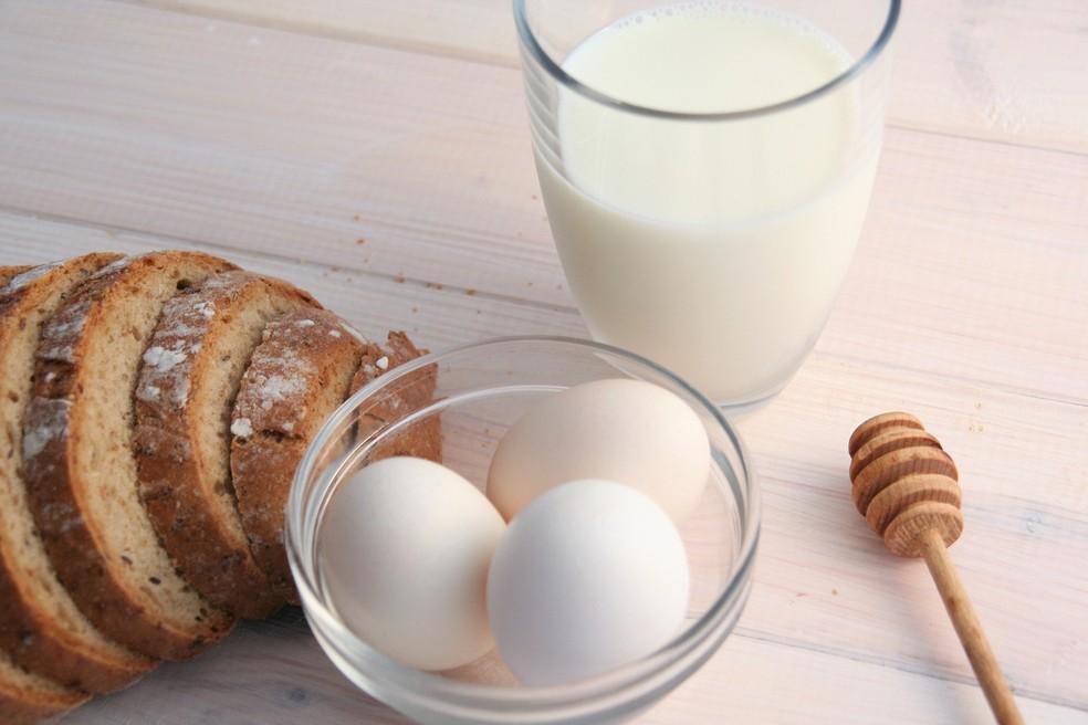 Ovos e leite são alimentos ricos em colina — Foto: Joanna Dubaj/Pixabay