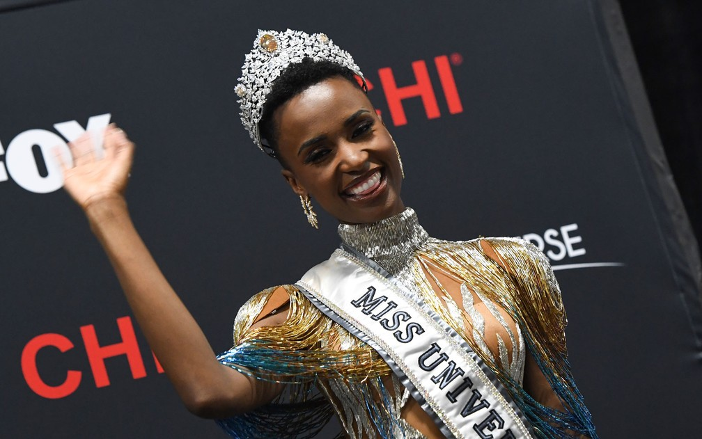 A Miss Universo 2019 Zozibini Tunzi, da África do Sul — Foto: Valerie Macon / AFP Photo