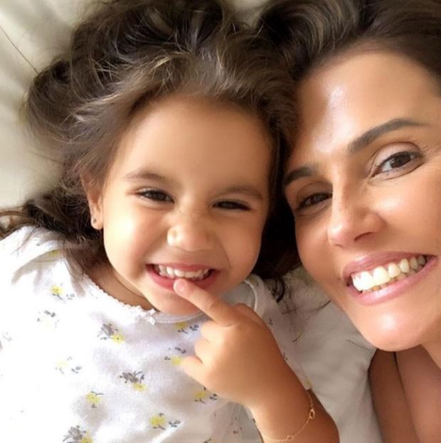 Maria Flor e Debora Secco (Foto: Reprodução Instagram)