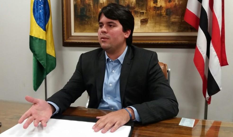 Imagem mostra o deputado André Fufuca (PP-MA), segundo-vice-presidente da Câmara, em entrevista ao G1 (Foto: Fernanda Calgaro/G1)