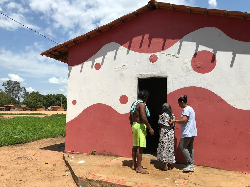 Posto de saúde que atende indígenas em aldeia no Tocantins — Foto: Cassiano Rolim/TV Anhanguera