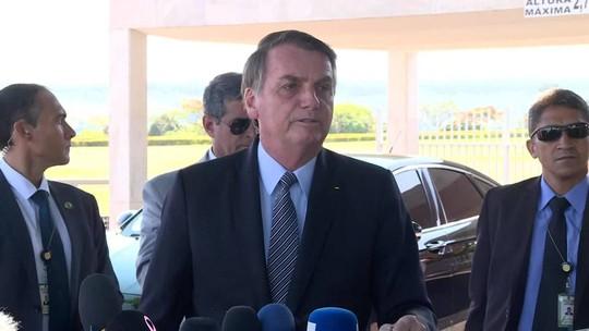'Se alguém grampeou telefone, é desonestidade', diz Bolsonaro sobre áudio