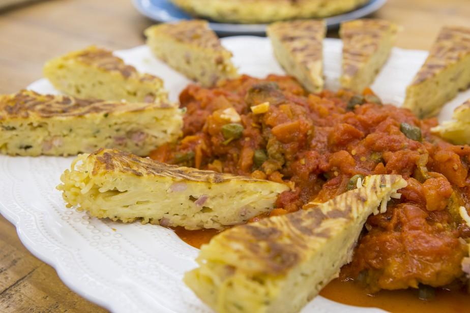 Tirinhas de Carne à Milanesa ao Molho de Tomate e Alcaparras do Chef Ravioli