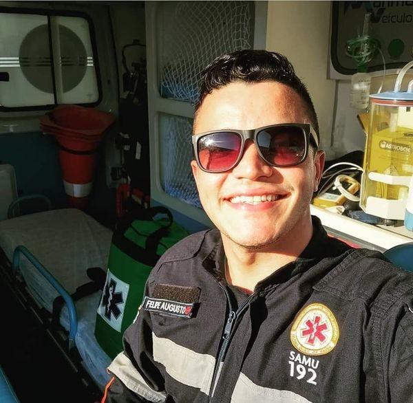 Enfermeiro atende amigo que morreu em acidente no litoral de SP e desabafa: 'Pior cenário'