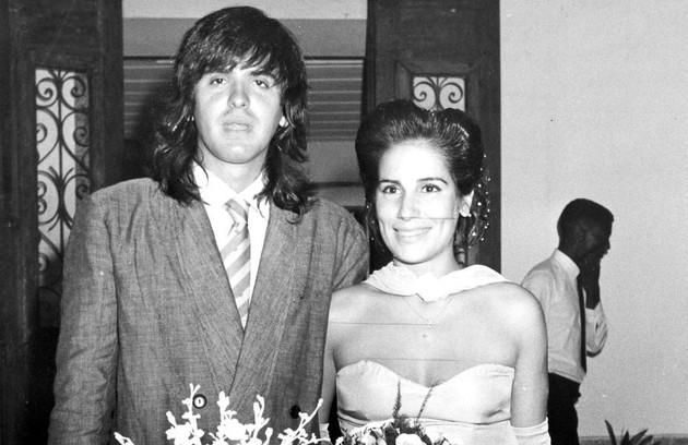 Gloria no casamento com Orlando Morais na casa de festas Villa Riso, em São Conrado, em 1988 (Foto: Antonio Nery)