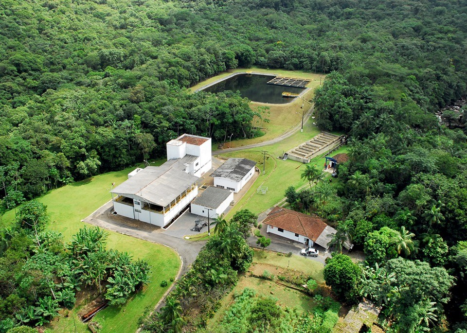 Obras de manutenção interrompem abastecimento de água em bairros de Joinville - Notícias - Plantão Diário