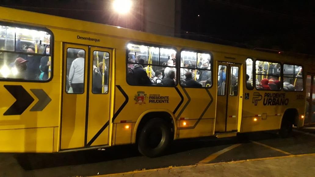 Greve dos trabalhadores do transporte coletivo urbano de Presidente Prudente completa sete dias