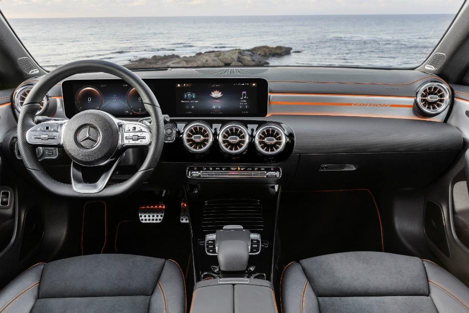 Interior do novo Mercedes-Benz CLA (Foto: Divulgação)