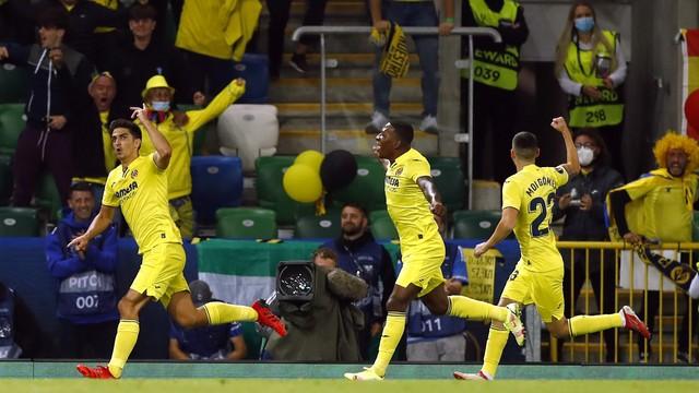 Gerard Moreno comemora seu gol na Supercopa da Europa