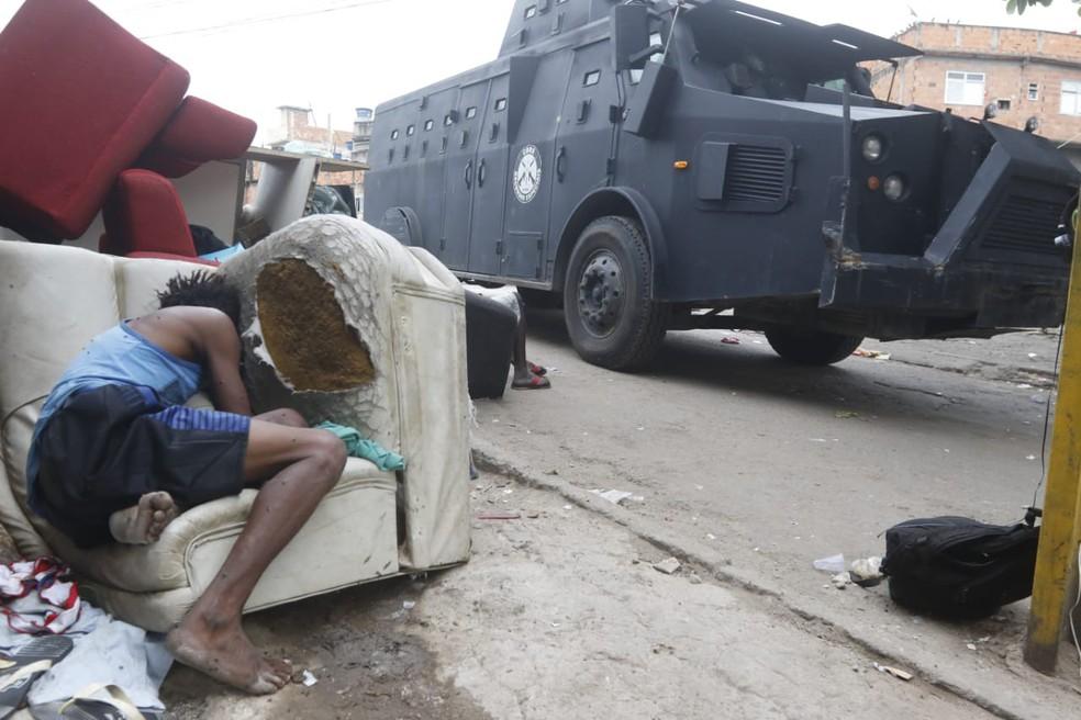 Polícia fez operação nesta quinta (6) na comunidade do Jacarezinho, Zona Norte do RJ — Foto: Reginaldo Pimenta/Agência O Dia/Estadão Conteúdo