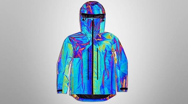 A jaqueta é da marca Vollebak (Foto: Divulgação)