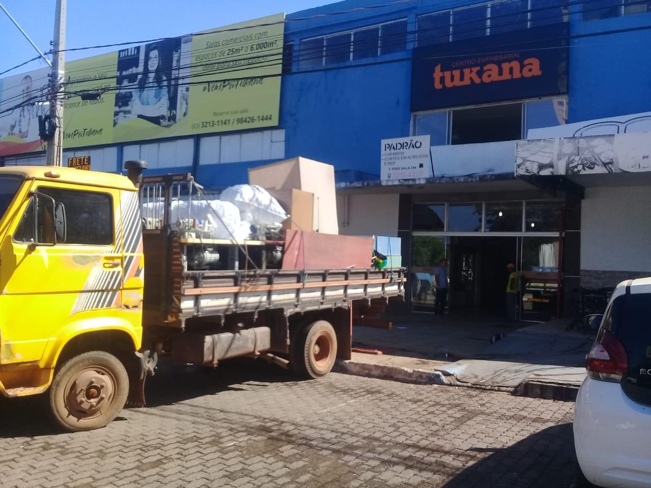 Bombeiros liberam permanência de comerciantes em centro comercial após dono apresentar laudo - Notícias - Plantão Diário