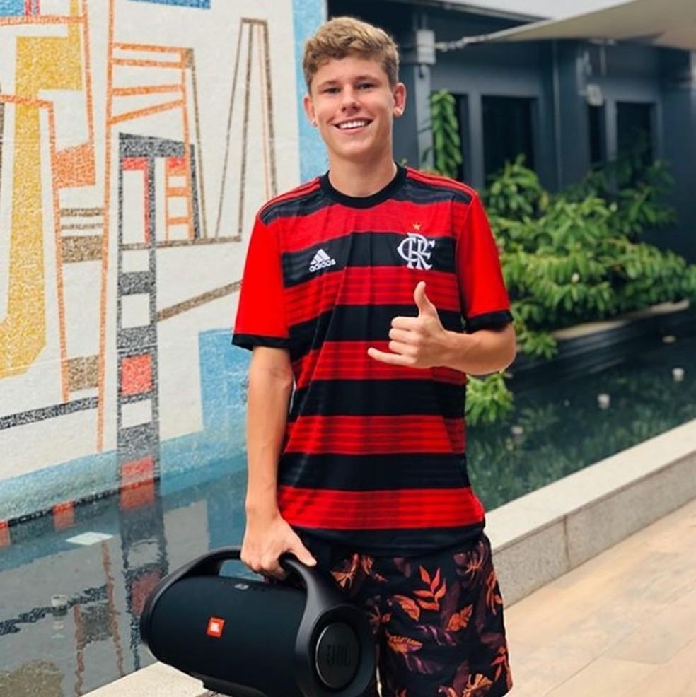O zagueiro Naydjel Callebe não teve contrato renovado no Flamengo — Foto: Reprodução