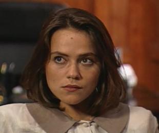 Vivianne Pasmanter, que estreava na televisão, fez sucesso como a vilã Debora  | TV Globo