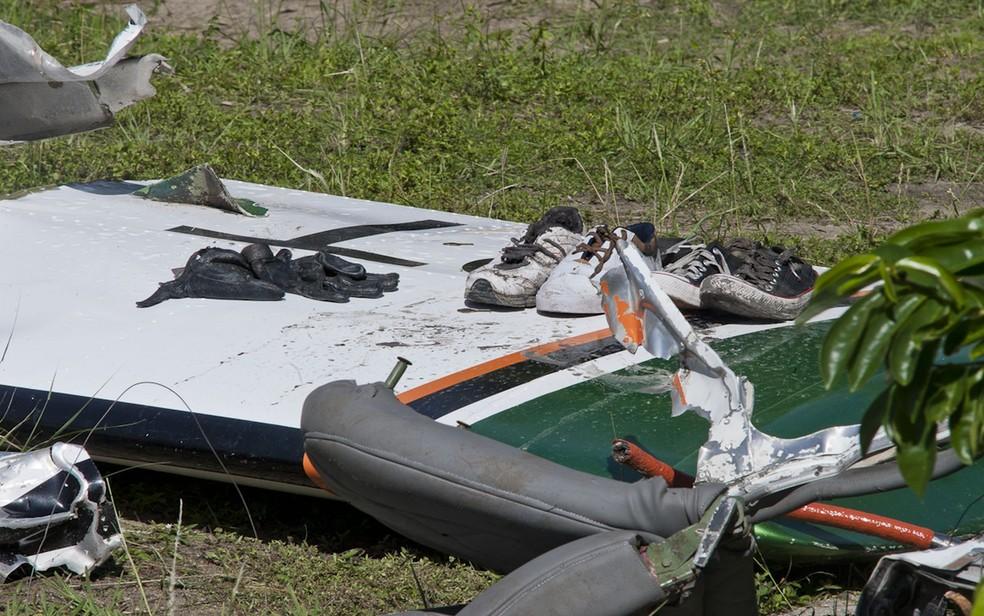 Parte da aeronave que caiu com o cantor Gabriel Diniz  — Foto: Marcos Rodrigues/ASN/Divulgação/Arquivo